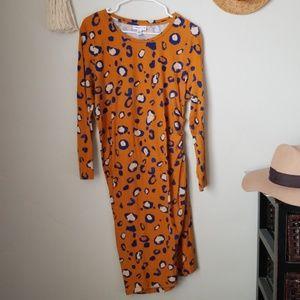 Side ruched soft knit dress